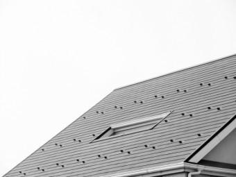 写真AC コロニアル屋根 トップライト 天窓