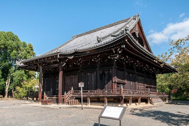 仁和寺の観音堂