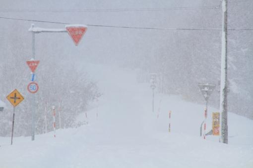 大雪(写真AC)