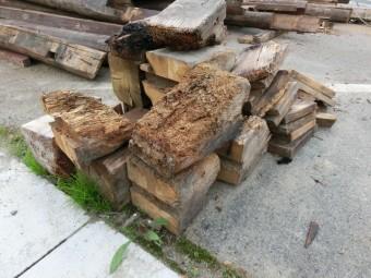 写真AC 木材(古材) シロアリ メンテナンス 防蟻処理