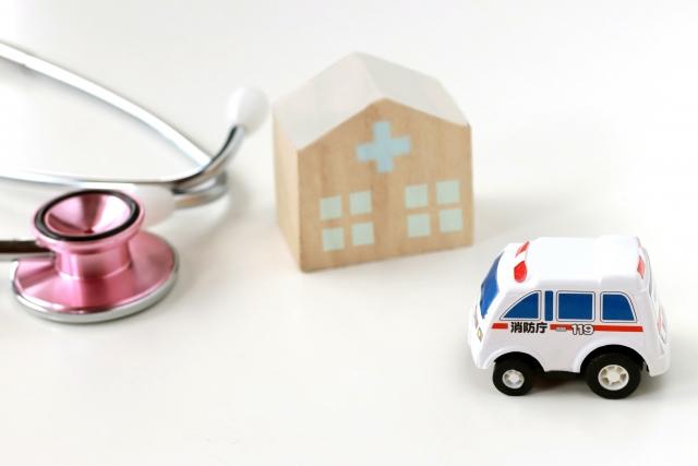 写真AC 病院に向かう救急車2