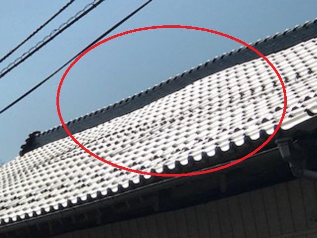 瓦屋根 変形