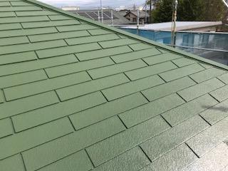 屋根 中塗り 終了