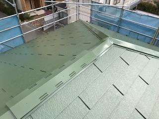 屋根工事 上塗り