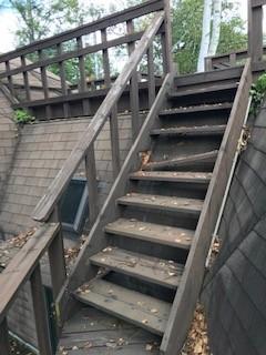 工事前 デッキ階段