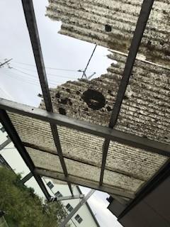 バルコニー屋根 台風