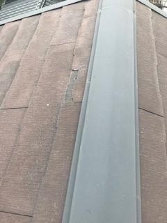 笛吹市の屋根修理でスレート材の新調を行っております