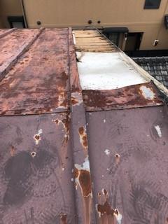 台風災害 トタン屋根