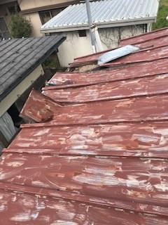 トタン屋根 損傷