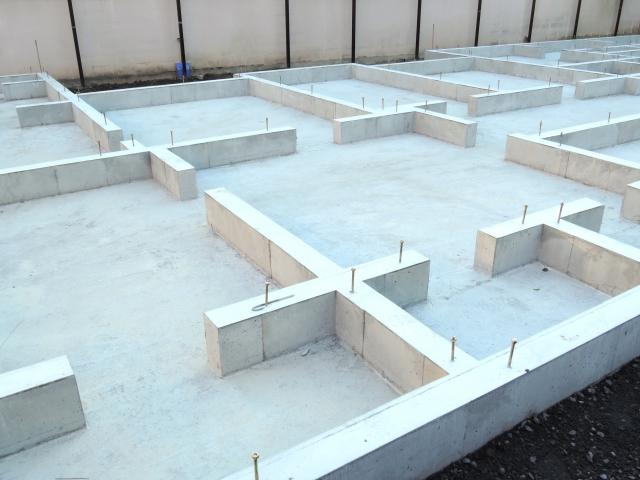 写真AC 建築基礎工事 コンクリート 増築リフォーム 山梨