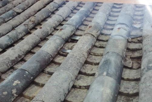 屋根破損状況1