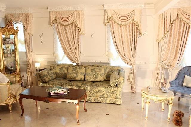 ベルサイユ宮殿 カーテン