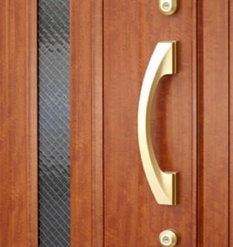 玄関ドア ワンドアツーロック 鍵