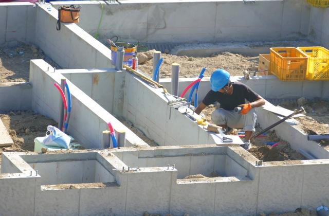 写真AC 住宅建築 基礎と設備工事 布基礎 山梨 リフォーム