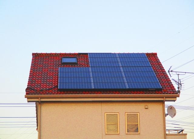 写真AC 屋根 ソーラー発電